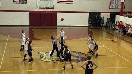The Marine City and Port Huron High basketball teams squared off on Friday at Port Huron High School.