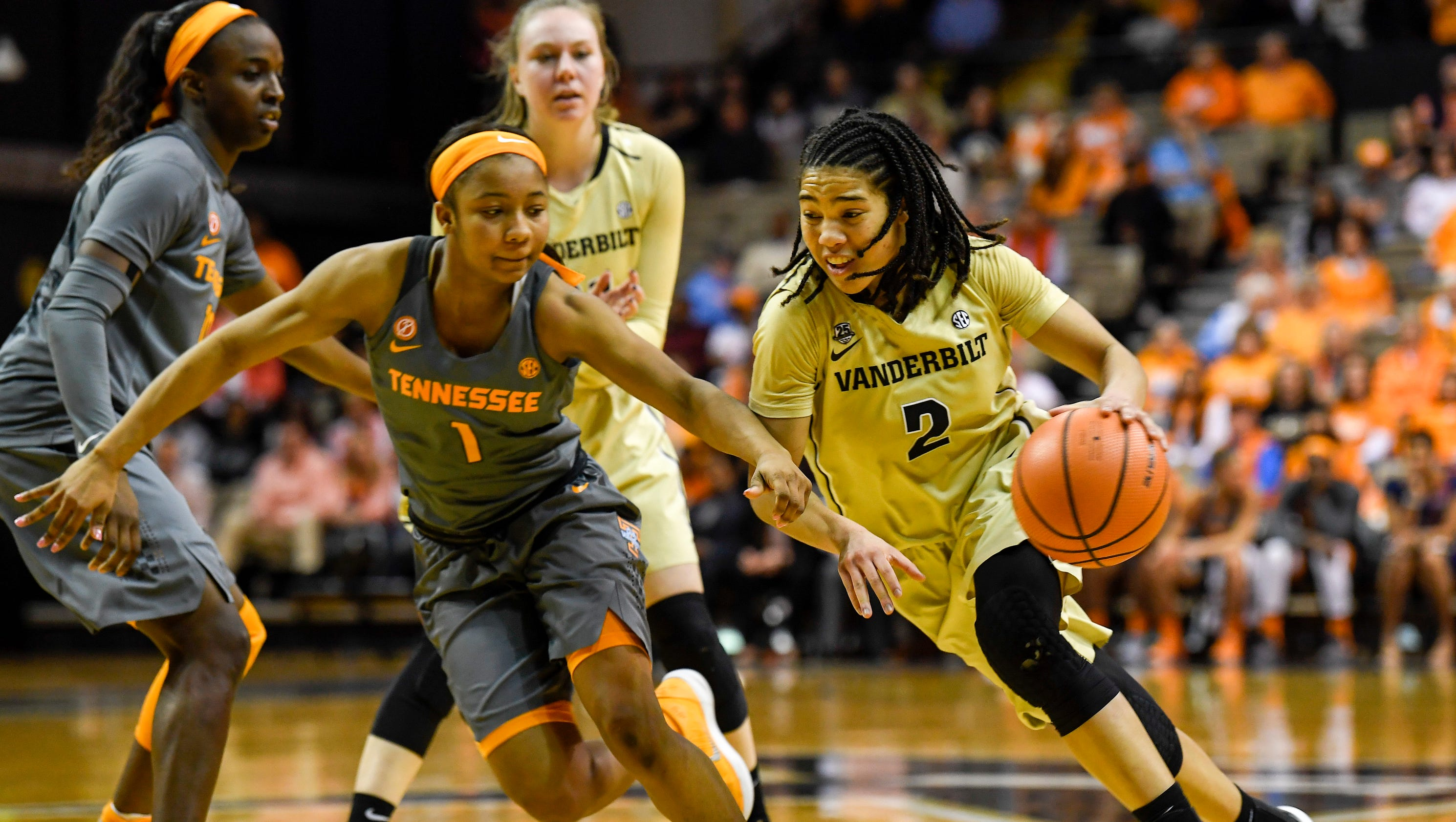 636533595031410490-nas-vandy-lady-vols-711