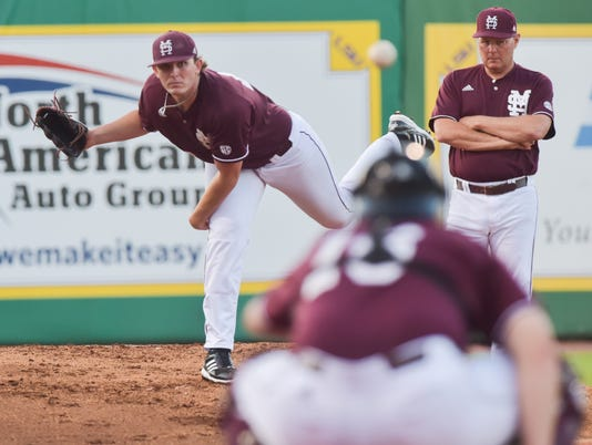 636327367128512402-pre-msu-LSU-Ms.State.baseball.saturday.06.10-7029.jpg
