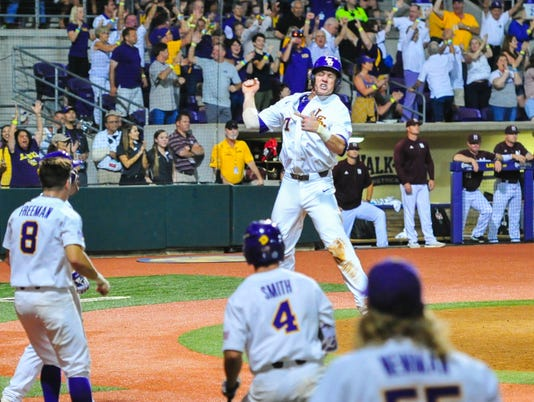 636327413685893549-LSU-Ms.State.baseball.saturday.06.10-5930.jpg