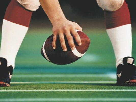 636112625887953067-CAL-FootballSnap.jpg