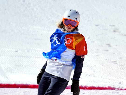 Meghan Tierney (USA) in the Womens Snowboardcross Quarterfinals