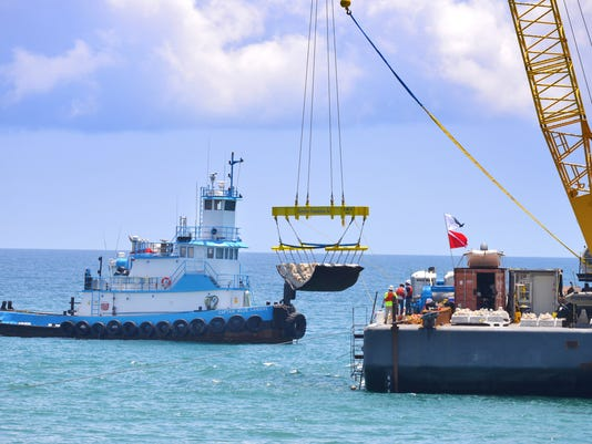 Mid-reach artificial reef installation