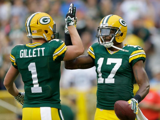 Alex Gillett, Davante Adams