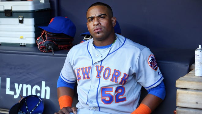The Mets don't want to go beyond four years to re-sign free-agent slugger  Yoenis Cespedes, but they might not have a choice if they are set on bringing him back.