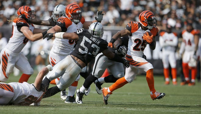 Bengals running back Giovani Bernard could pose matchup problems for the Chargers' linebackers on Sunday.