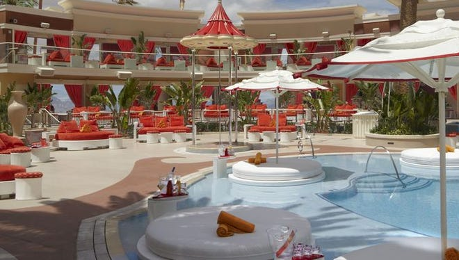 Encore Resort hosts temperature-controlled pools and Jacuzzi spas. Encore Beach Club features 26 cabanas, eight bungalows an infinity dipping pool and live DJs at night.