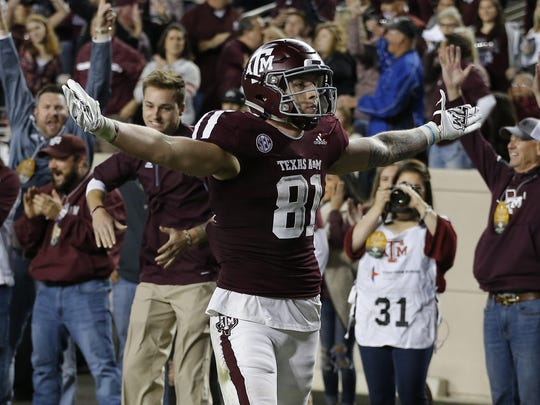 Jace Sternberger celebrates a touchdown in 2018.