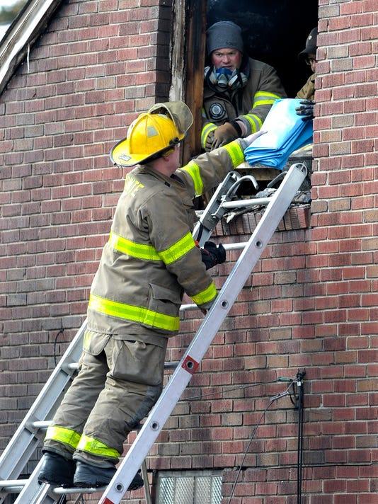636562811694359433-031018-tm-Fatal-Fire049.jpg