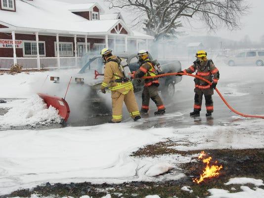-DCA 1210 plow truck fire.JPG_20141209.jpg