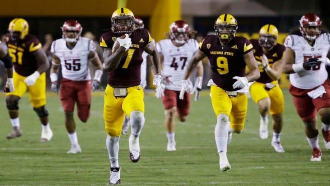 Arizona State running back Kalen Ballage runs for a 52-yard touchdown against Washington State on Saturday, Oct. 22, 2016 in Tempe, Ariz.