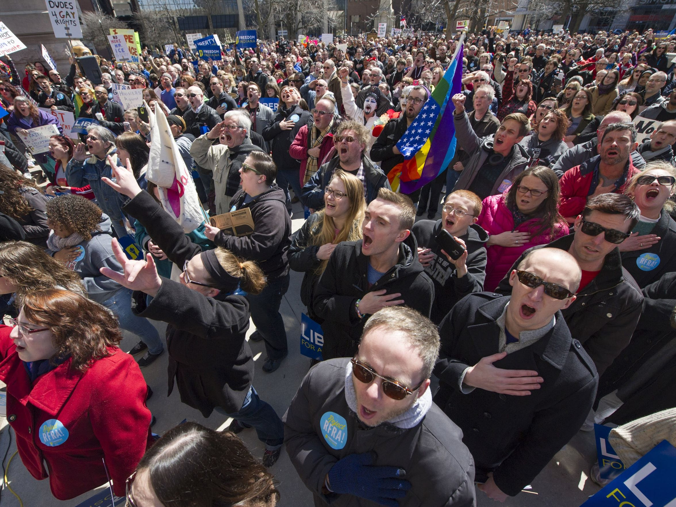 Thousands of opponents of the Religious Freedom Restoration