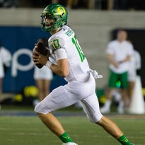 Keep your head up, Justin Herbert, you were great for Oregon Ducks in the loss
