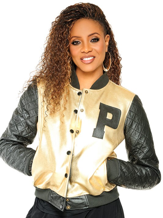 636645788024236106-MC-Lyte---gold-jacket---smiling---hi-res.jpg