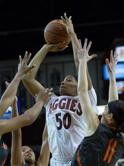 New Mexico State's Tyesha Taylor  to shoots against