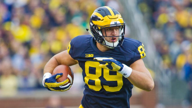 Michigan tight end Ian Bunting (89).