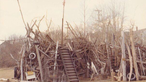 Jim Schneider's driftwood sculpture fence built in the late 1970s on Pennsylvania Avenue. The City of Sheboygan won a protracted court battle to raze the fence and boathouse in the early April of 1981.