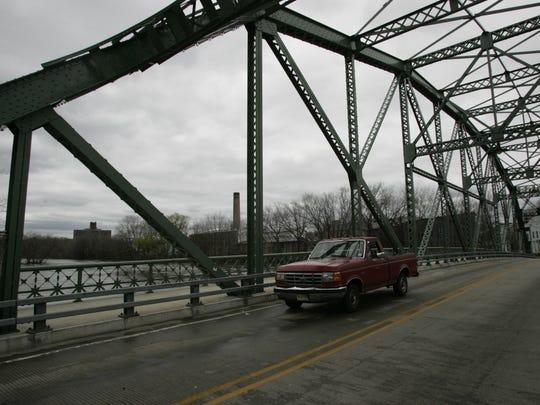 Straight Street bridge