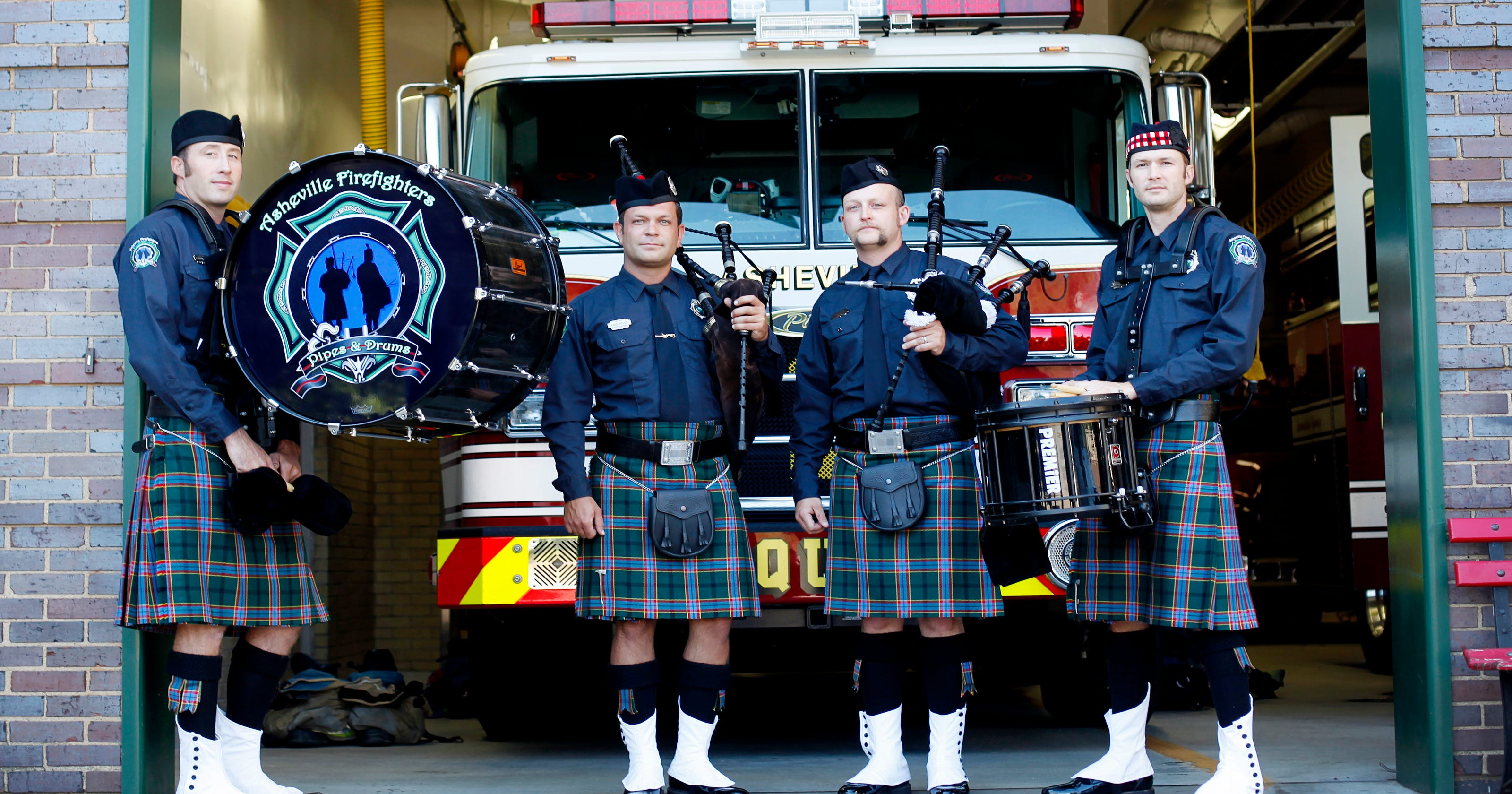 Firefighters Pipes and Drums salute the fallen of 9/11