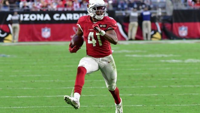 Will the Arizona Cardinals sign Kenyan Drake or will he sign elsewhere?