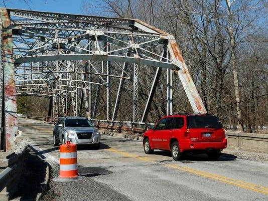 LAF Wildcat Creek Bridge Inspection_01.jpg