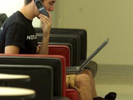 studentphones2