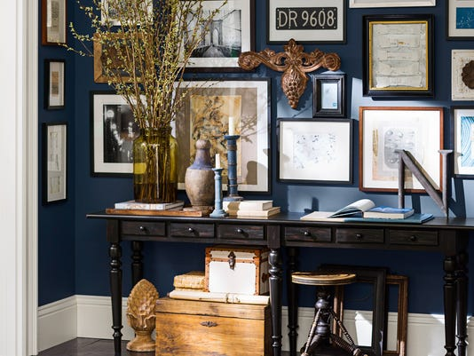 #1Gallery wall lin entry. Pottery Barn..jpg