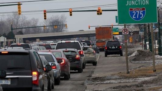 A boulevard separating eastbound and westbound Ford Road would help reduce crashes by 35 percent, a recent study predicted.