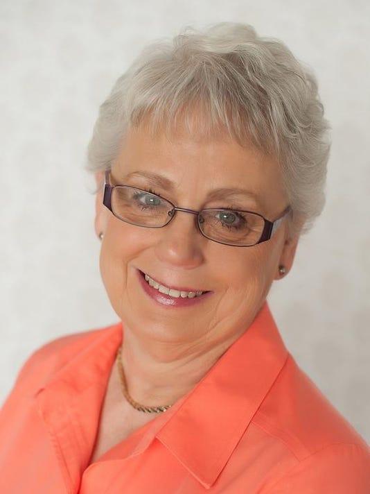 SFA 0930 Phyllis Arends MUG