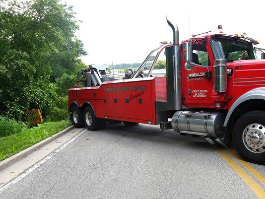 636010978195913623-FON-060916-garbage-truck-crash.jpg