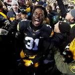 Leistikow: Despite demotions, Iowa linebacker Aaron Mends remains impressively positive
