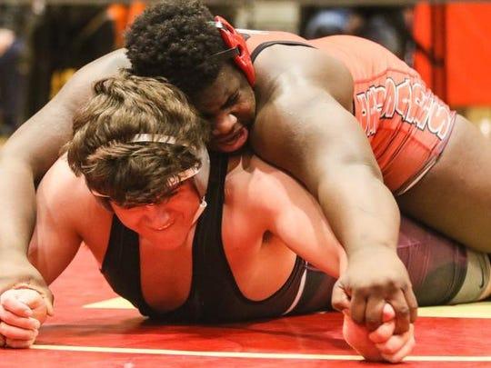 Bound Brook's Jervey Sistrunk pins Rutgers Prep's Kevin