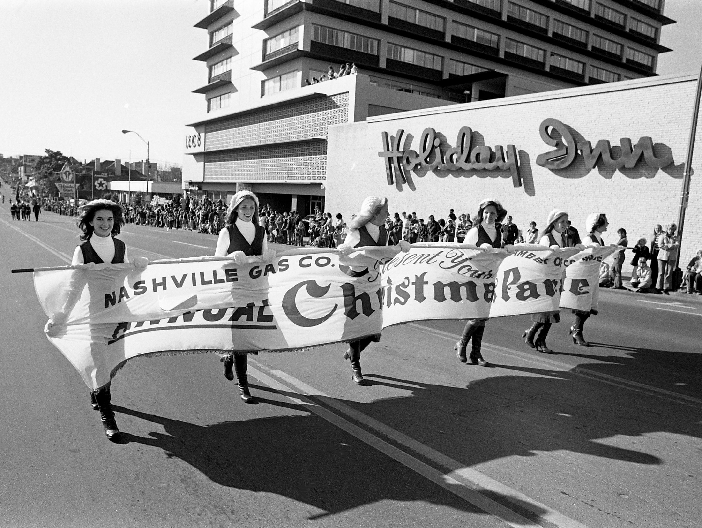 Take a look back at Nashville history with photos of Christmastime around the city in 1976.