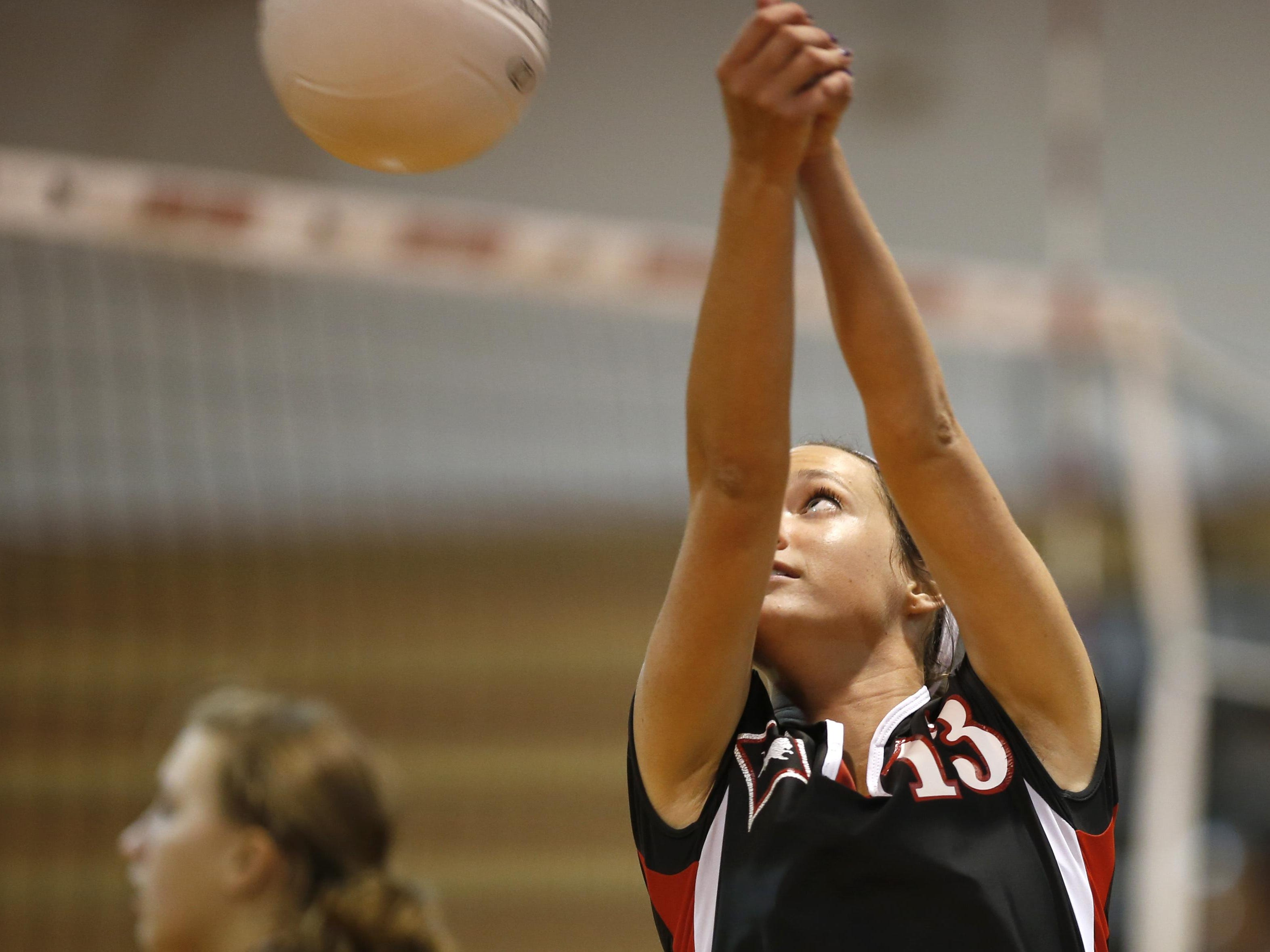 Leon senior setter Jaynie Mitchell posted 115 assists, 30 digs and five aces as the Lions went 3-2 at Berkeley Prep's tournament in Tampa.