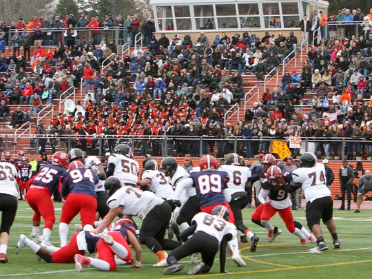 Stepinac defeated White Plains in the Turkey Bowl football game played at White Plains High School on Nov. 24, 2016.  Frank Becerra Jr./The Journal Ne Stepinac defeated White Plains 49-32 in the Turkey Bowl football game at White Plains High School Nov. 24, 2016.