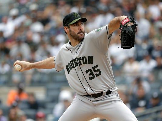 Astros_Yankees_Baseball_66702.jpg