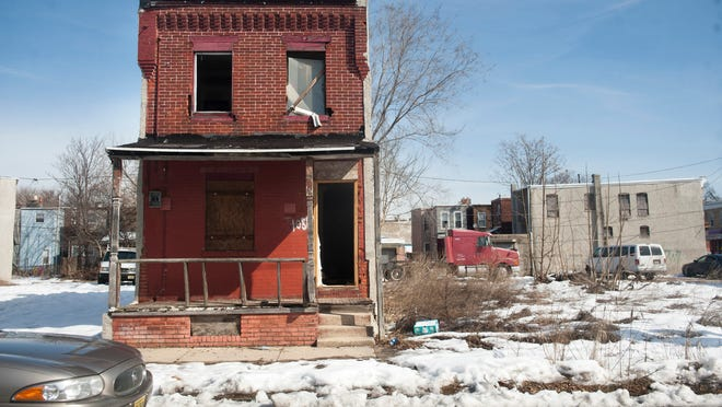 By the city's count, Camden has 1,629 abandoned residential properties. It is soliciting bids for a demolition project aimed at knocking down 61 abandoned properties in Whitman Park and three in Cramer Hill.