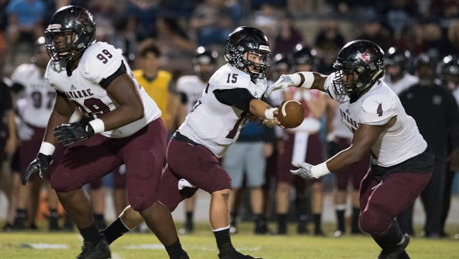 Navarre High's Jordan Jefferson (No. 99) played both ways last season, but is switching his focus to defensive line this year and is up to 15 NCAA Division I offers prior to his senior season.