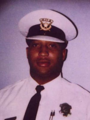A 2001 photo of Cincinnati Police officer Freddie Vincent