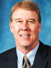 Livonia native Ron Vanderlinden has coached under Bo