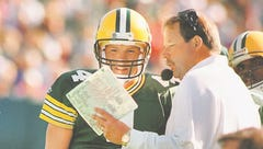 Brett Favre: From 'can't play' to Canton