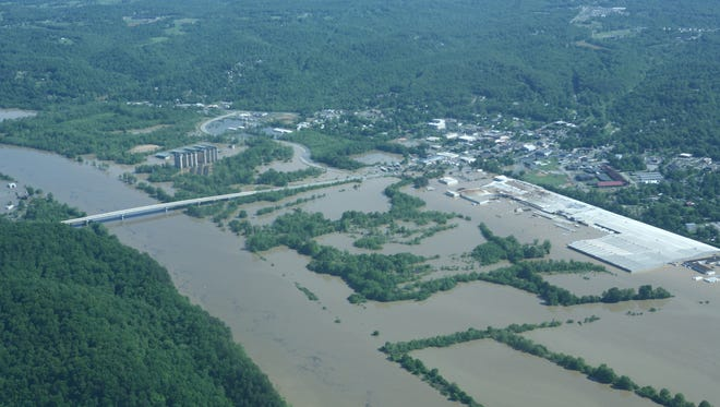 Scenes from the May 2010 flood in Cheatham County.  (View of Ashland City, A.O. Smith on the right)