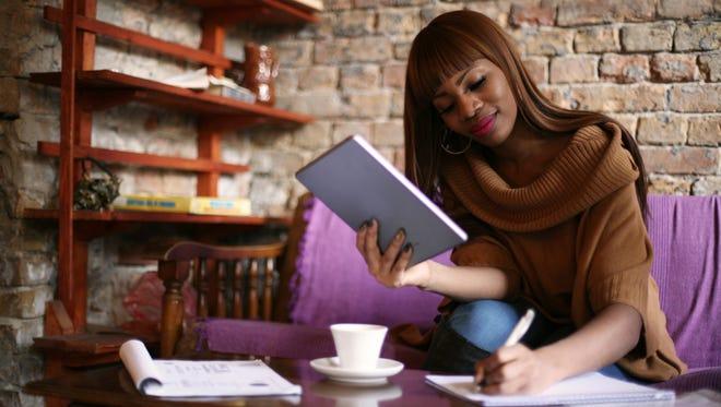 Master your finances as a freelancer! Woo hoo!