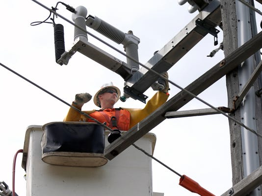-APC Power outages 0009 090514wag.jpg_20140905.jpg