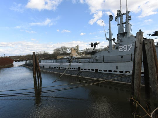 USS Ling, the submarine docked in the Hackensack River