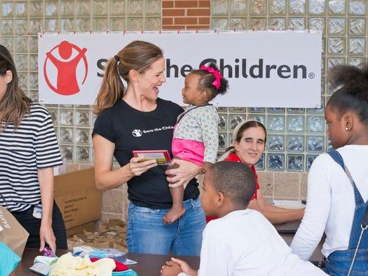 AP SAVE THE CHILDREN - HOUSTON RELIEF EFFORTS A CPACOM CPAPUB USA TX