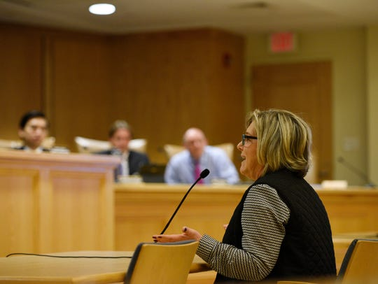 Lori Swedelson of Mahwah tells the Township Council