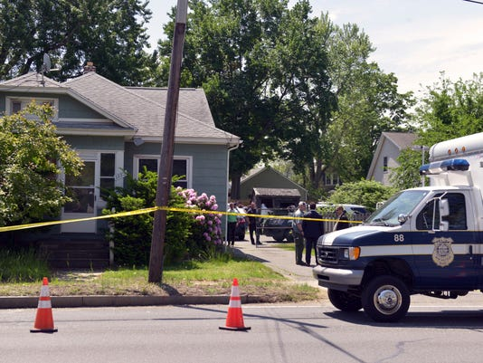 3 bodies found in Massachusetts home of man facing kidnapping charge