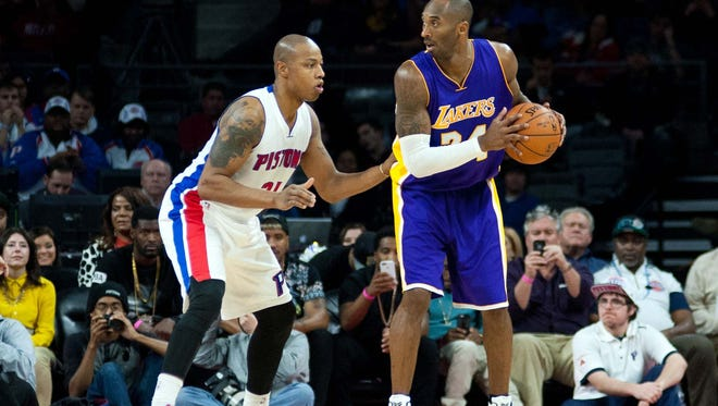 Detroit Pistons forward Caron Butler (31) guards Los Angeles Lakers guard Kobe Bryant (24) during the fourth quarter at The Palace of Auburn Hills.