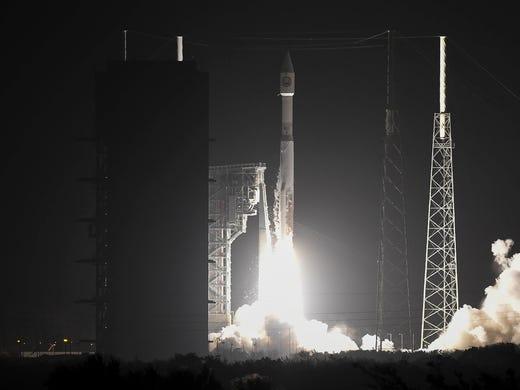 A United Launch Alliance Atlas V rocket takes off [19659026] Buy Photo </span></p> </div> </div> <div class=
